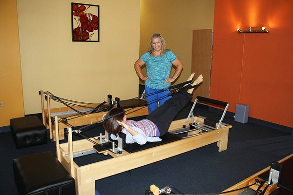 1_private_pilates_session_with_Sheila_Bryant